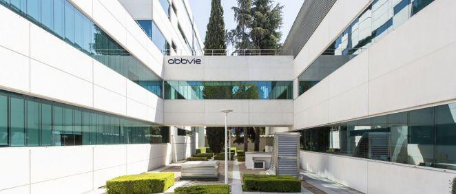 Fachada exterior de la sede de AbbVie en España