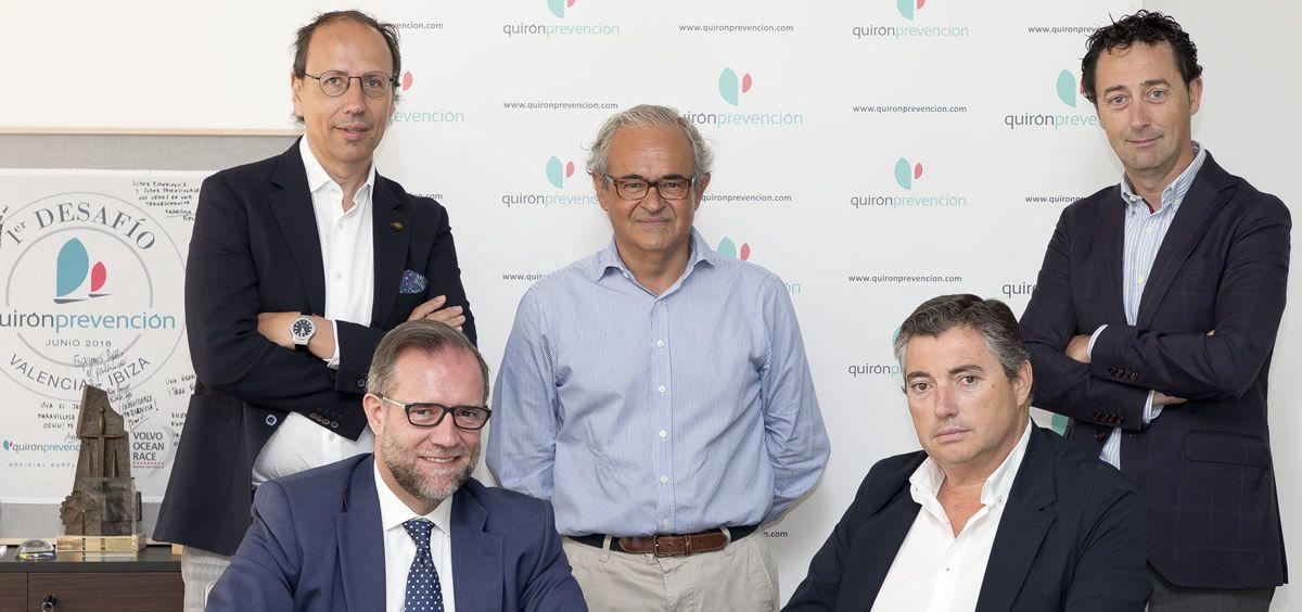 Firma del acuerdo entre Quirónprevención y ADiReLab. (Foto. ConSalud.es)