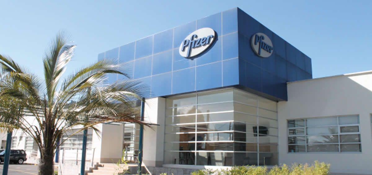 Pfizer acusada de financiar campañas contra el cigarro electrónico con donaciones secretas Planta-de-pfizer-foto-pfizer-ecuador