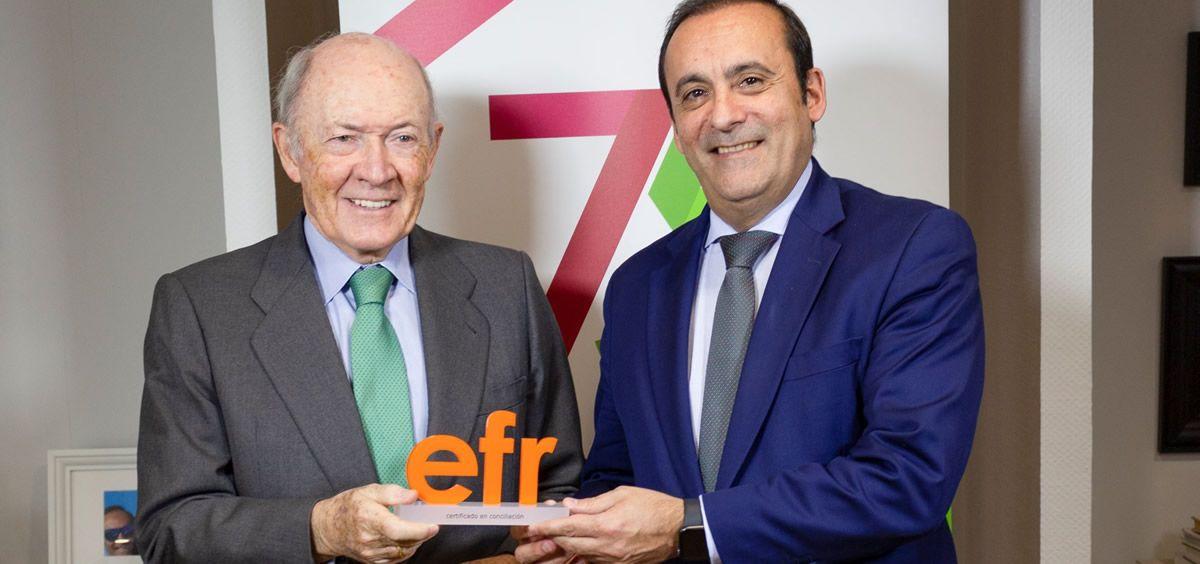 Eduardo Pastor, presidente del Grupo Cofares, y Rafael Fuertes, director general de la Fundación Másfamilia (Foto. ECSalud)