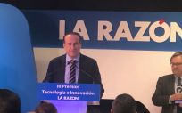 El CEO de Real Life Data, José Luis Enríquez, durante la entrega del premio.