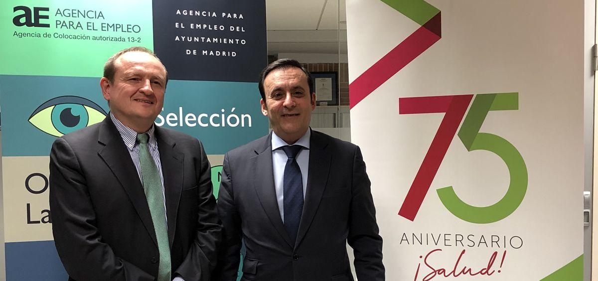 De izq. a dcha.: Miguel Ángel Redondo, delegado del Área de Economía, Innovación y Empleo del Ayuntamiento de Madrid; y Eduardo Pastor, presidente del Grupo Cofares.