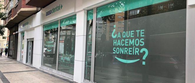 Fachada de la nueva clínica Asisa Dental en Zaragoza