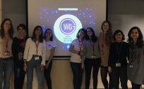 El equipo de Boehringer Ingelheim y Young IT Girls durante un encuentro.