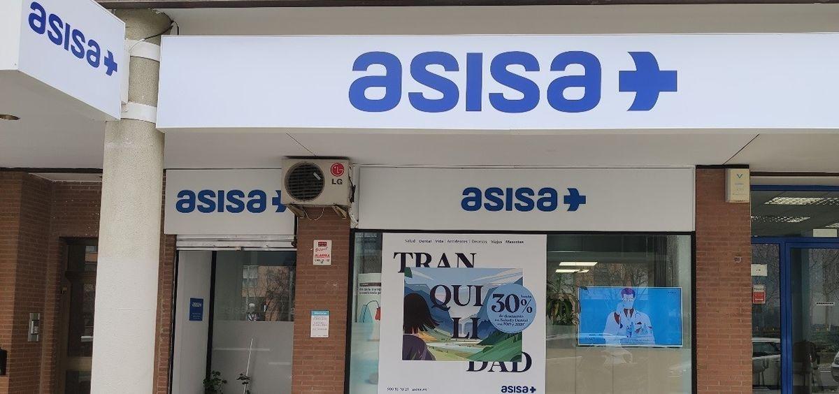 Fachada de la agencia local de Asisa en Hortaleza