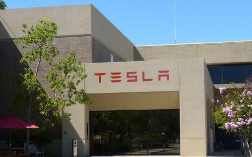 Tesla muestra un prototipo de ventilador en Youtube para hacer frente al Covid-19