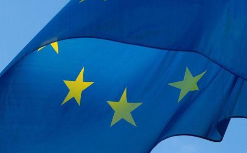 La Unión Europea plantea desplegar fondos de emergencia para la fabricación masiva de vacunas