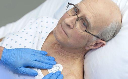 Philips lanza un biosensor portátil para pacientes con Covid-19
