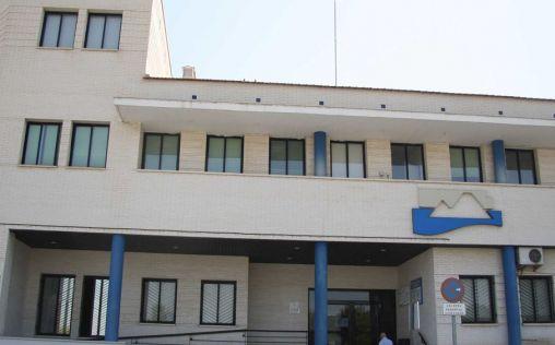 Ribera Salud se compromete a mejorar el Centro de Salud de Guardamar del Segura