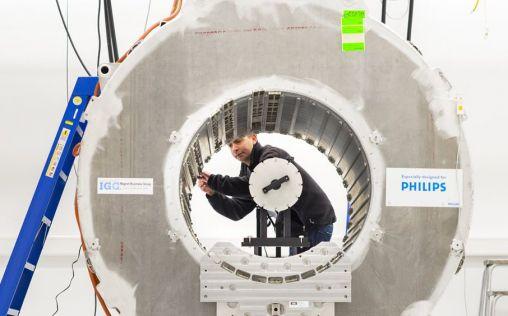 Philips refuerza su liderazgo con su enfoque para hacer negocios de manera responsable y sostenible
