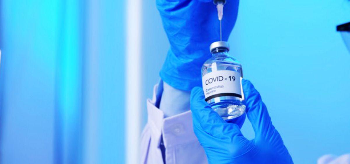 Vacuna contra la Covid 19 (Foto. Freepik)