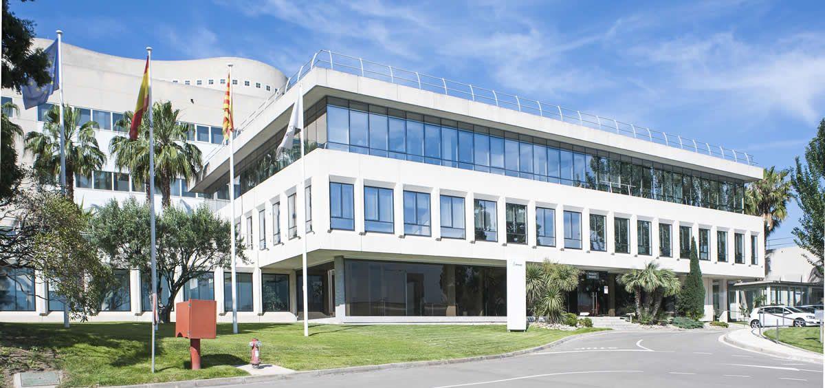 Almirall recibe la aprobación de la FDA para producir Seysara en Sant Andreu de la Barca