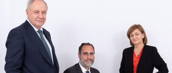 Santiago de Torres, Presidente de Atrys Health, José María Huch, CFO de Atrys Health e Isabel Lozano, CEO de Atrys Health.