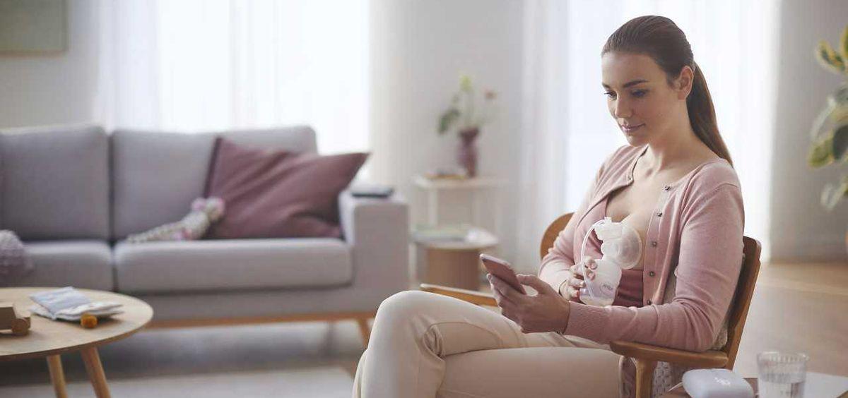 Philips Avent destaca la importancia de la involucración de la pareja o acompañante en la lactancia materna