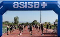 Asisa patrocina múltiples actividades deportivas, entre ellas un equipo de corredores que participan en pruebas de maratón en Europa