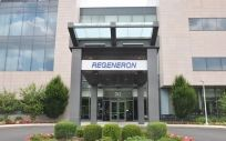 Fachada exterior de Regeneron Pharmaceuticals.