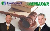 De izd. a drcha.: Mark Trudeau, CEO de Mallinckrodt Pharmaceuticals; y Steve Angel, CEO de Praxair.