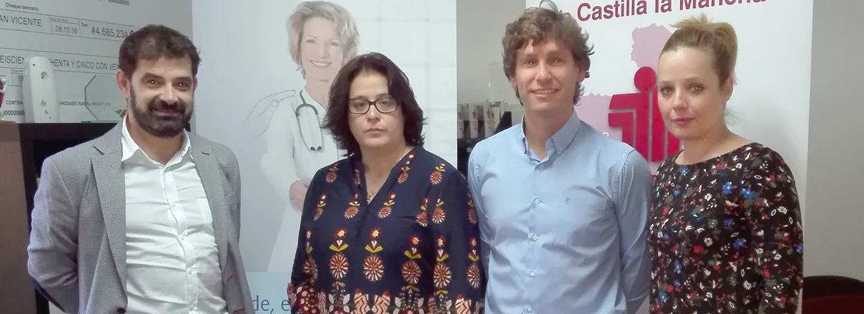 Miembros de Linde Healthcare, junto a Begoña Martín Bielsa, presidenta de la ASEM.