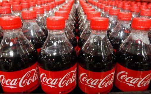 Coca-Cola invierte más de 300 millones en sus siete fábricas