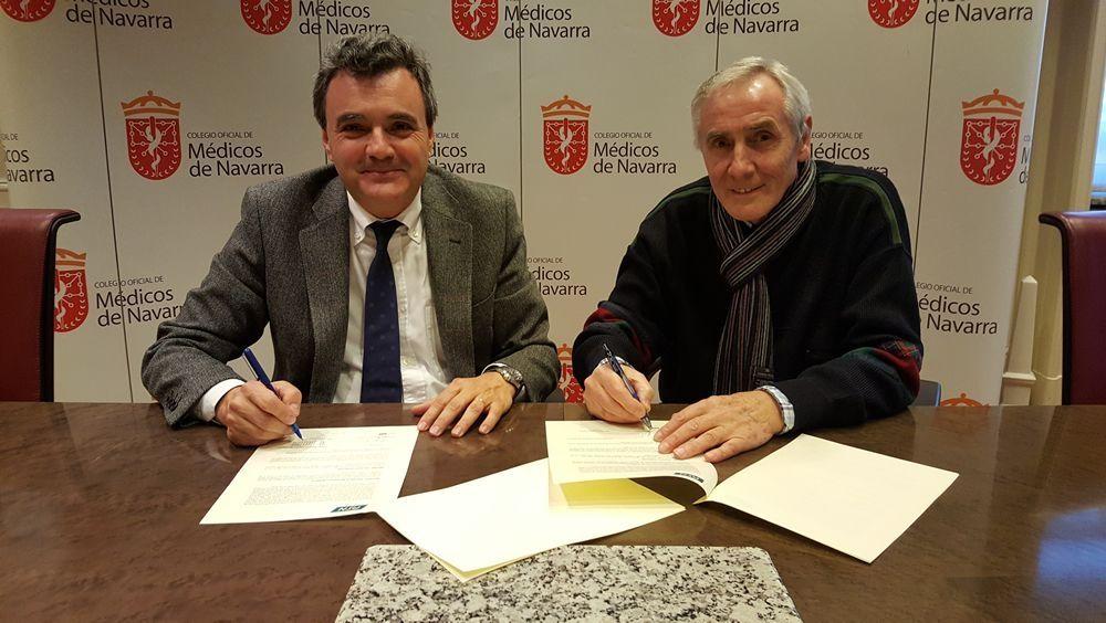 Rafael Teijeira, presidente del Colegio de Médicos de Navarra, y Esteban Ímaz, secretario de PSN