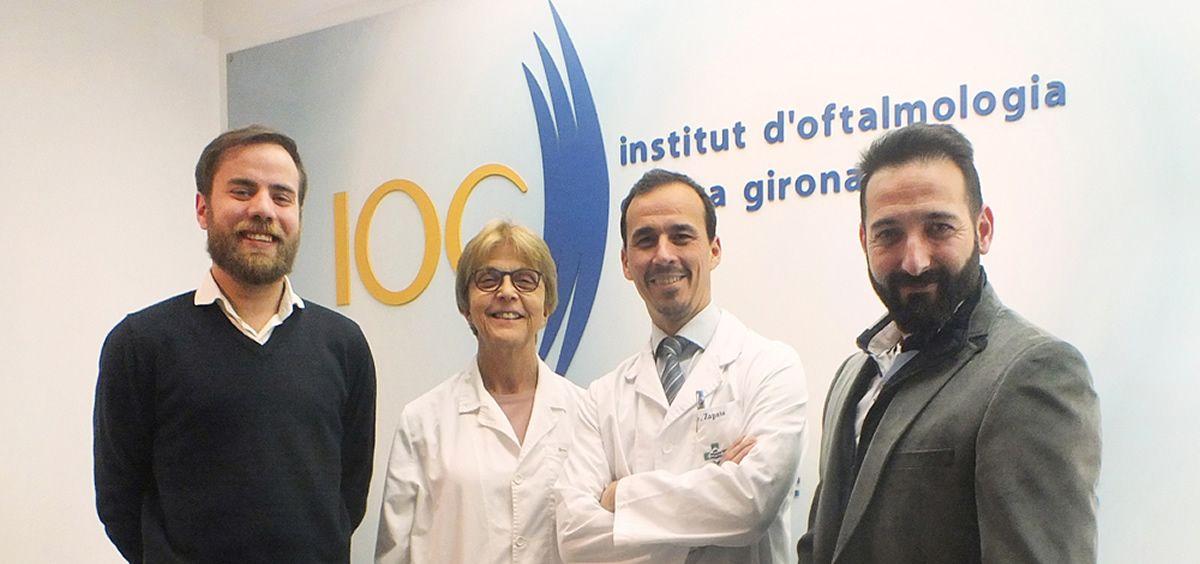 De izq. a dcha.: Enric Ayats, gerente de IOC; Teresa Teixidor, cosocia de IOC; M. Zapata, director médico de OPTretina; y Mark Ruiz, CEO de OPTretina.