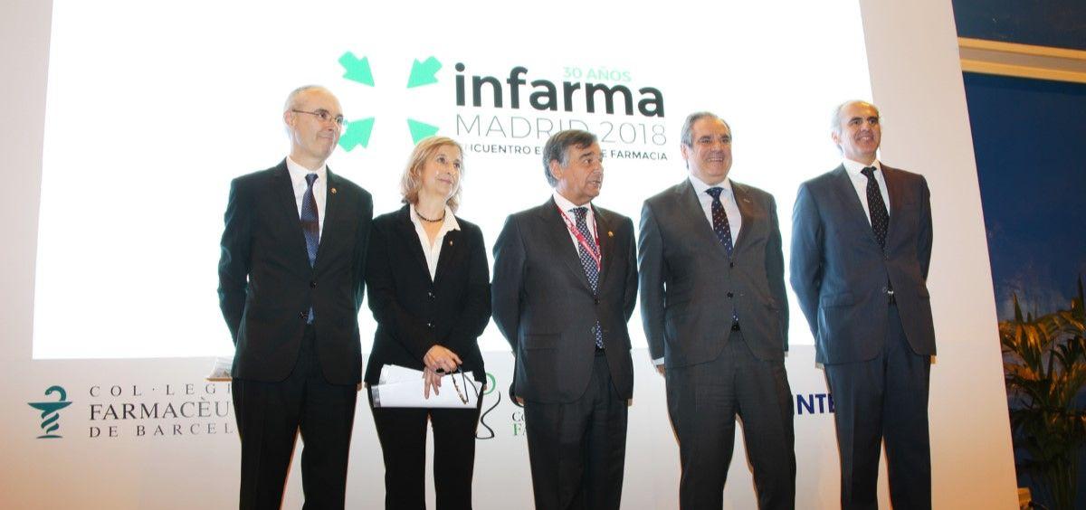 Enrique Ruíz Escudero junto a Luis González, Núria Bosch, Jesús Aguilar y Óscar López durante la inauguración de Infarma 2018.