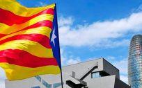 Continúa la estampida de empresas en Cataluña