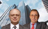 De izq. a dcha.: Ian Read, CEO de Pfizer; y Víctor Grifols, fundador de Grifols.