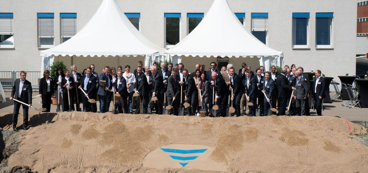 Ceremonia de inauguración de la nueva planta de Fresenius Medical Care