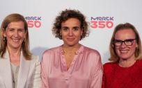 Marieta Jiménez, presidenta y directora general de Merck en España; Dolors Montserrat, ministra de Sanidad, Servicios Sociales e Igualdad, y Belén Garijo, CEO de Merck Healthcare.