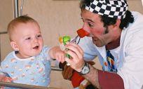 Fundación Theodora y Bristol Myers Squibb se unen por los niños hospitalizados.