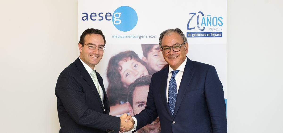 De izq. a dcha., Luis de Palacio, presidente de FEFE, y Ángel Luis Rodríguez de la Cuerda, secretario general de Aeseg.
