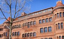 Fachada exterior de la Universidad de Harvard