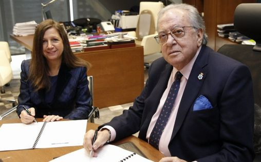AMA Vida firma con los farmacéuticos de Pontevedra la póliza colectiva de vida