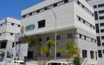 Fachada del nuevo Hospital Costa de La Luz en Huelva