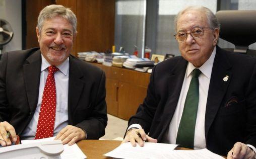 A.M.A. firma con los colegios de Enfermería de Huelva y Granada una póliza colectiva