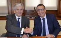 Firma del convenio entre la Fundación Asisa y la Universidad de Murcia