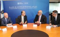 Firma del acuerdo entre MSD y el Sergas