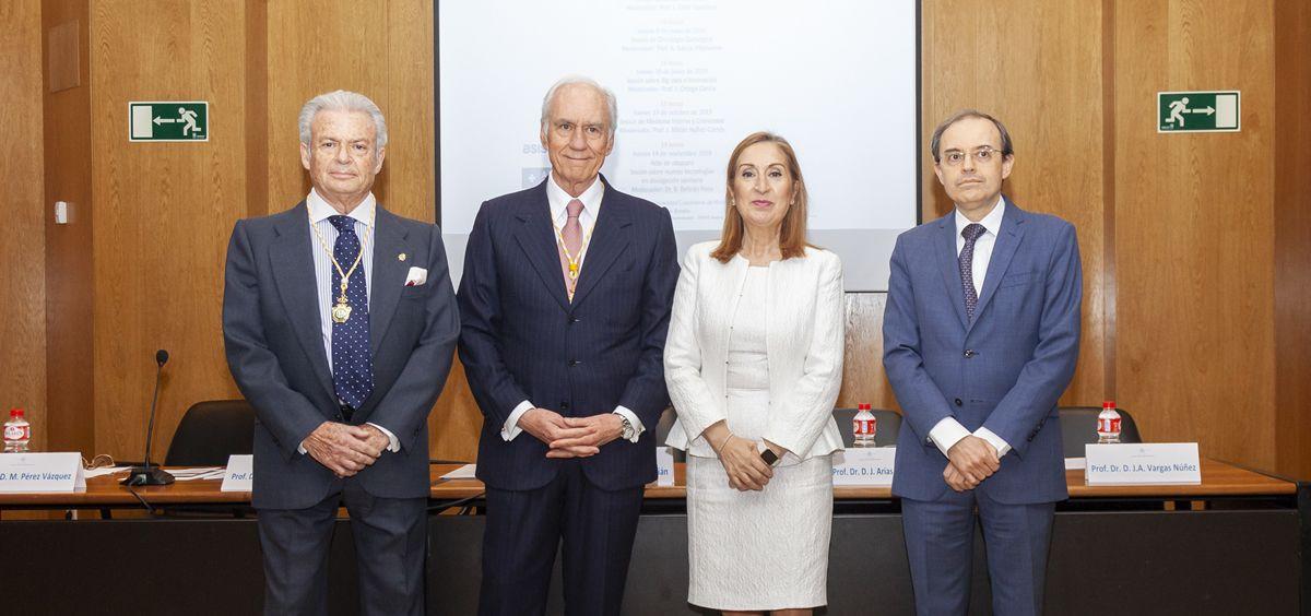 De izq. a dcha., José Manuel Pérez Vázquez, Luis Ortiz Quintana, Ana Pastor y Javier Arias Díaz.