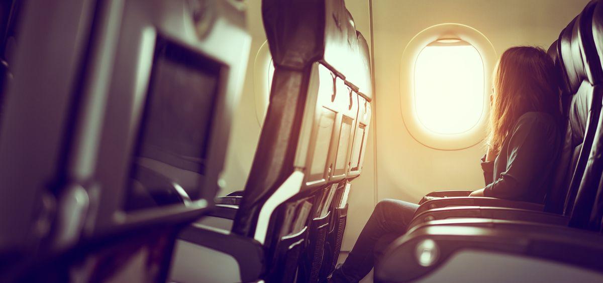 El jet lag es un trastorno del sueño que se produce cuando viajamos lejos de nuestro lugar de origen