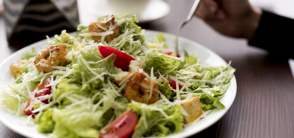 Con las medidas adecuadas se puede comer sano fuera de casa