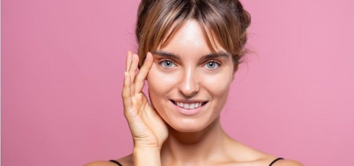 Utilizado en alimentación y cosmética, el aceite de lino es de gran utilidad para nuestra salud (Foto de Estetic)