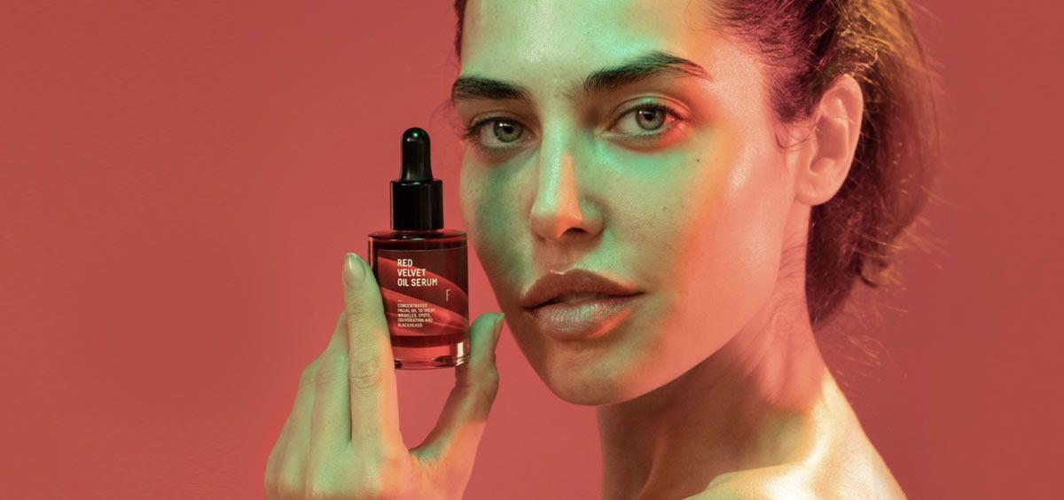 Red Velvet Oil Serum de Freshly Cosmetics (Foto de Estetic)