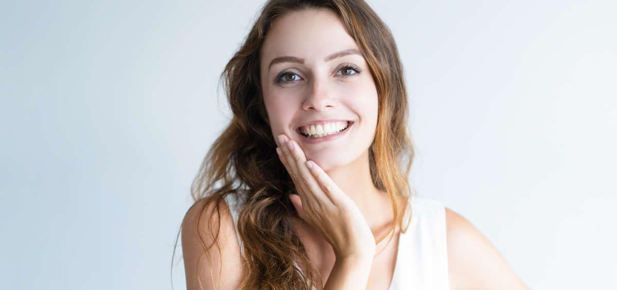El lifting facial es un procedimiento para rejuvenecer el rostro (Foto. Freepik)