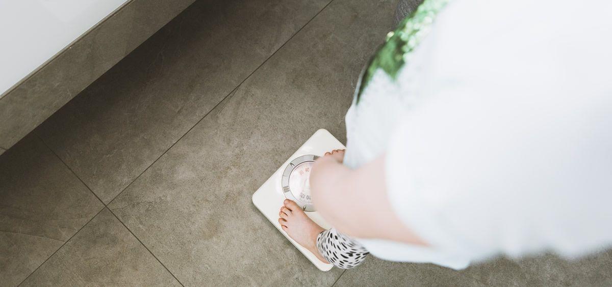 El aumento de peso persistente puede conducir a la obesidad con el tiempo (Foto. Freepik)
