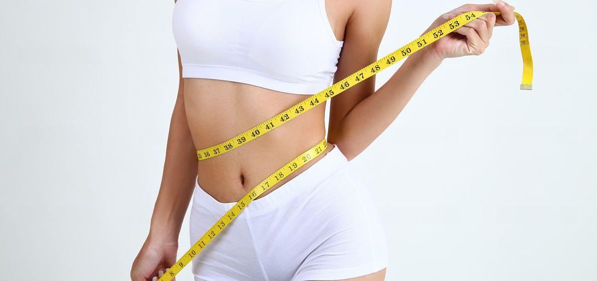 Se requieren de 1 a 2 sesiones, dependiendo de la cantidad de grasa que se quiera eliminar (Foto. Freepik)