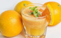 El zumo de naranja es una de las pocas fuentes naturales ricas en hesperidina (Foto. Freepik)