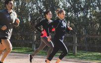 Cada vez es más gente la que se apunta al running (Foto. Freepik)
