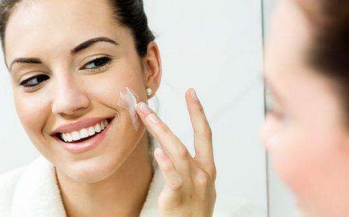 ¿Por qué debemos exfoliar la piel?