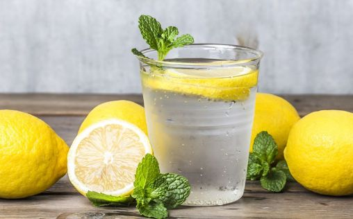¿Qué debes saber sobre la dieta desintoxicante con limón?